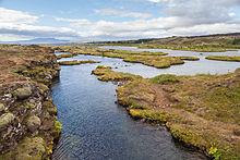 Cañón_Silfra,_Parque_Nacional_de_Þingvellir,_Suðurland,_Islandia,_2014-08-16,_DD_056